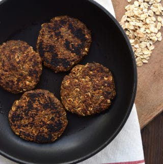 Spicy Vegan Breakfast Sausage