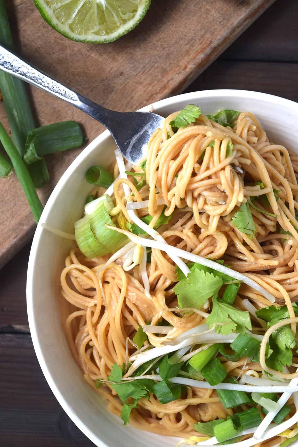 Spicy Thai Peanut Spaghetti
