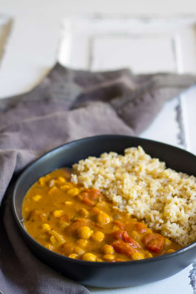 Easy Vegan Chickpea Curry