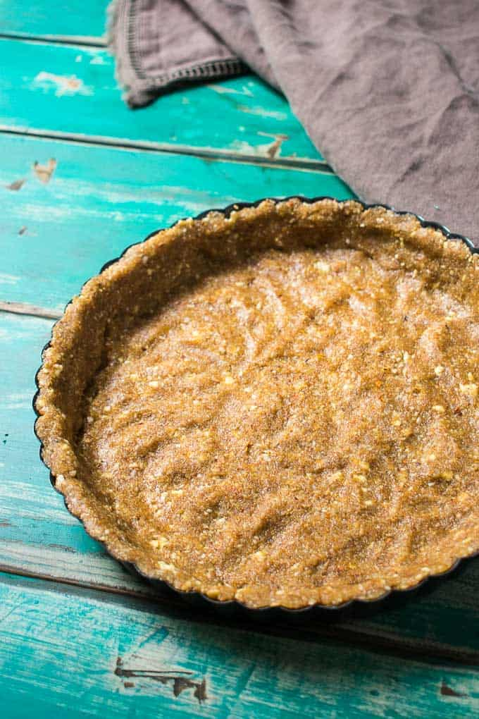 easy vegan no-bake chocolate peanut butter pie crust