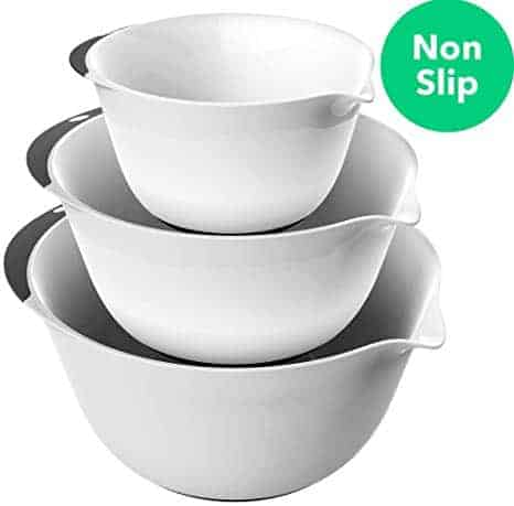 3 Piece Plastic Mixing Bowl Set