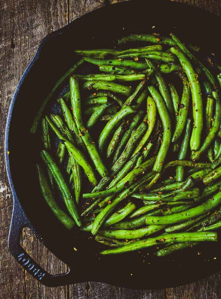 Easy skillet green beans in cast iron skillet.