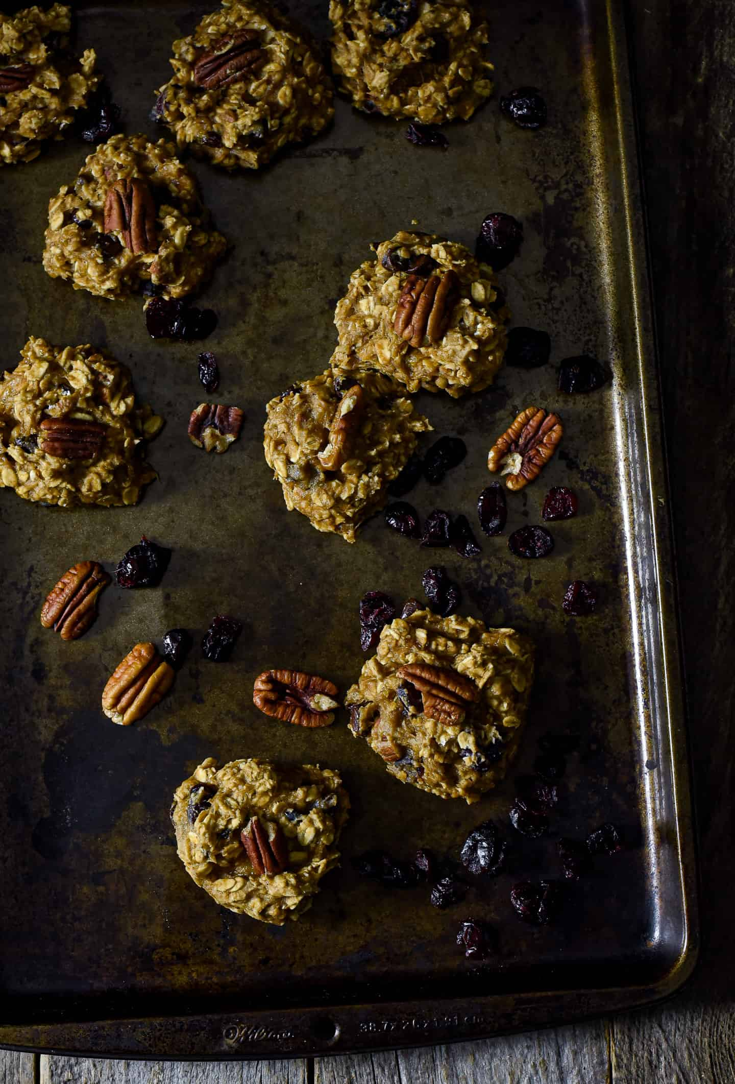 Gluten-Free Vegan Breakfast cookies are so easy to make, delicious, and healthy! They're made with natural wholesome plant-based ingredients and are completely oil-free. These cookies are sure to be a welcome addition to your morning routine.