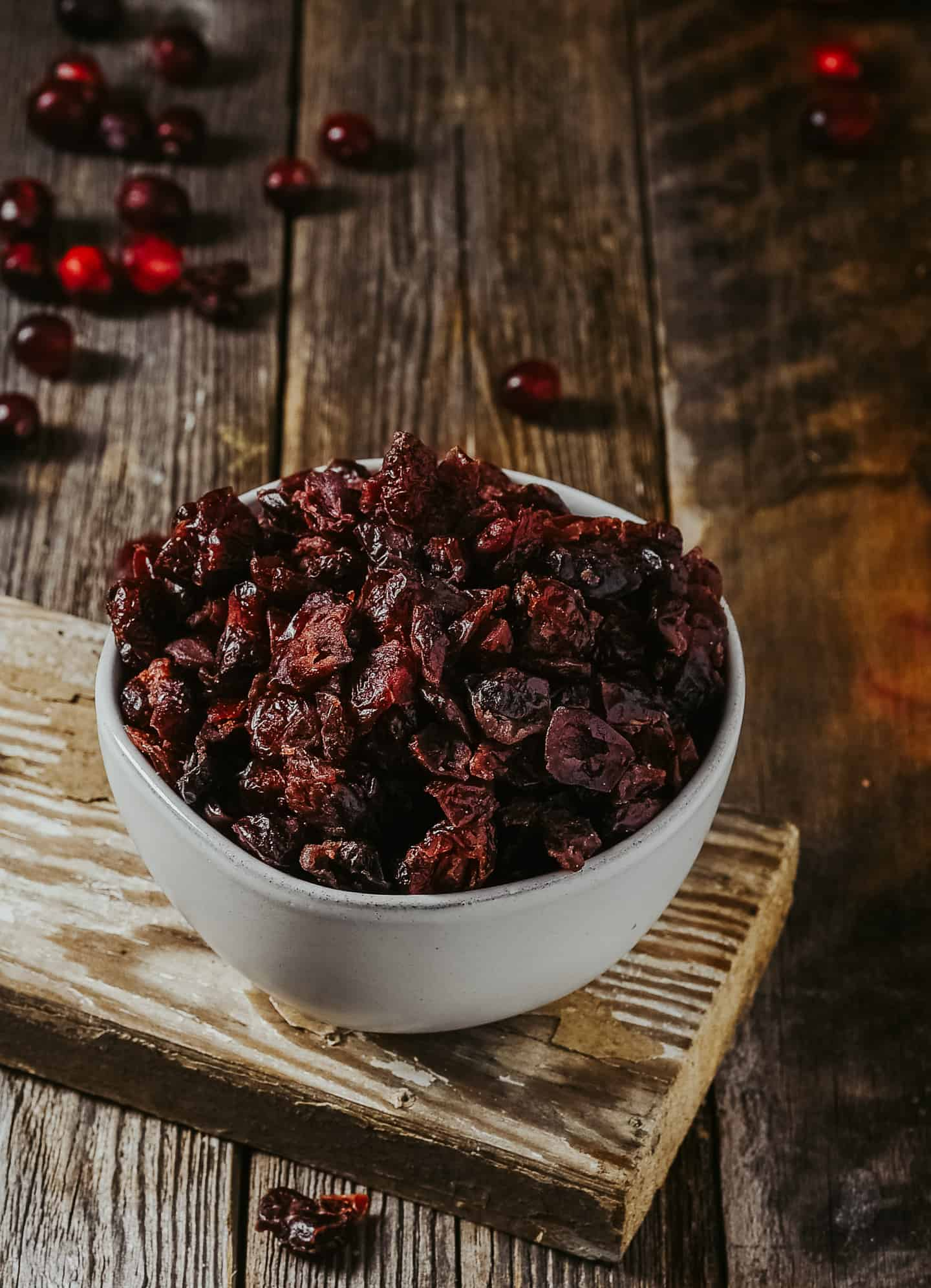 Bowl of dried cranberries.