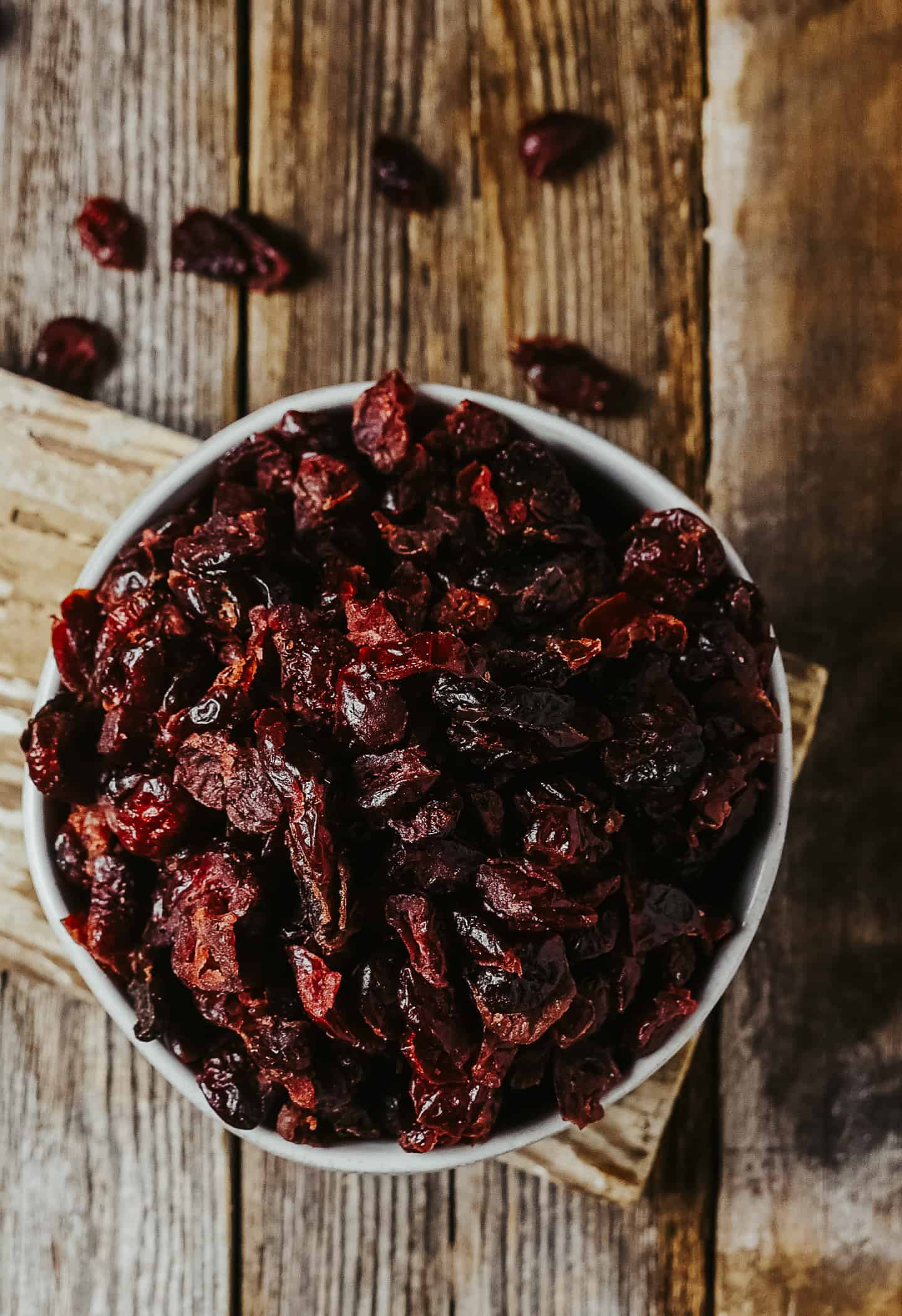 Dried cranberries in bowl.