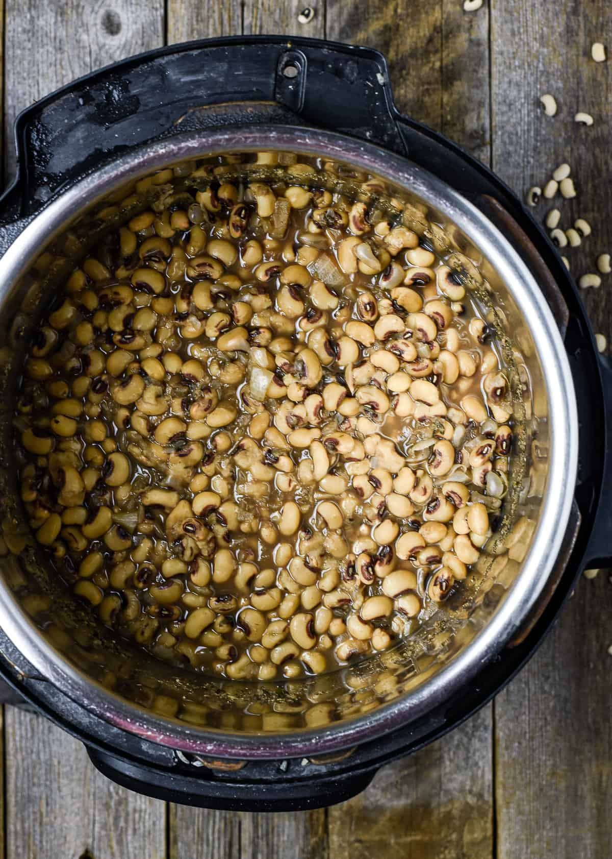 Instant pot black-eyed peas.